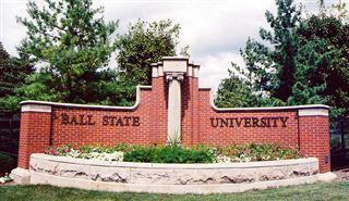 Garfield creator Jim Davis to teach at Ball State  – 95.3 MNC News
