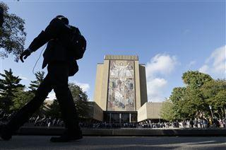 2 couples give $20 million each to Notre Dame for 2 dormitories  – 95.3 MNC News