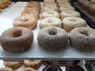How to score free doughnuts for National Doughnut Day 2016  – 95.3 MNC News