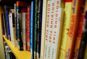 2 books returned to Lansing library 40 years after due date  – 95.3 MNC News