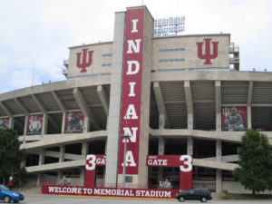 Safety worries prompt more lighting in IU campus wooded area  – 95.3 MNC News