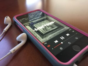 8 spooky podcasts to listen to just in time for Halloween  – 95.3 MNC News