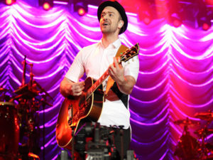 Justin Timberlake possibly in trouble with the law over ballot selfie  – 95.3 MNC News
