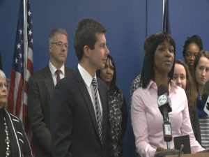 South Bend city clerk is asking for $13k raise after less than one year on job  – 95.3 MNC News