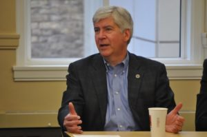 Gov. Rick Snyder still has concerns with Michigan income tax cut  – 95.3 MNC News
