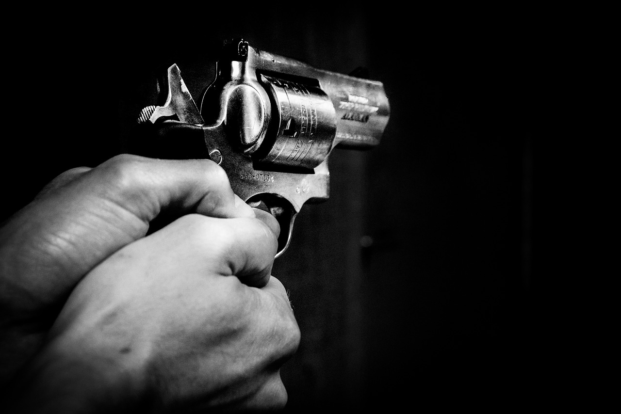 Wife Shoots Husband Threatening Her With A Knife – ARMED CITIZEN REPORT